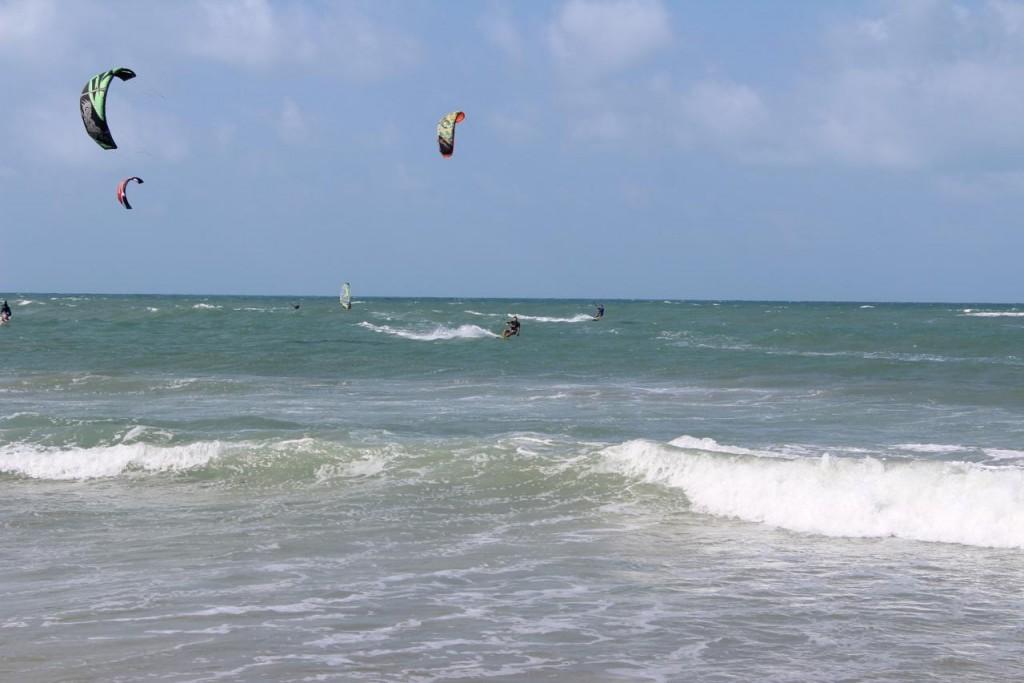 KITE & SURFING